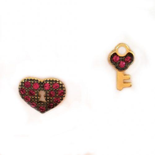 brinco coração e chave